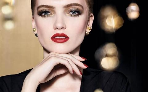 欧美顶级彩妆庆耶诞 以金灿色调装饰节庆